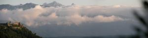 Castillo sobre las nubes. Villlach, Austria.